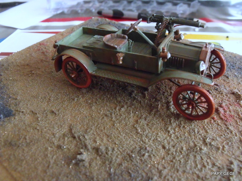 FORD T vickers machine gun carrier 1917 1/35 RESICAST - Page 2 38-dsc10