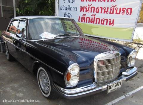 tous sur les mercedes en thailande - Page 2 Benz3010