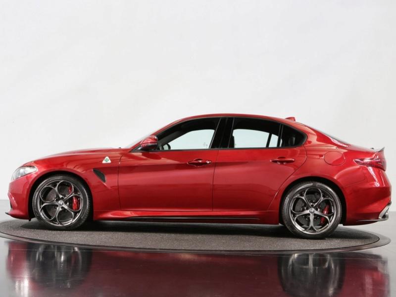 Maserati Ghibli MY 2017  Alfa-r10