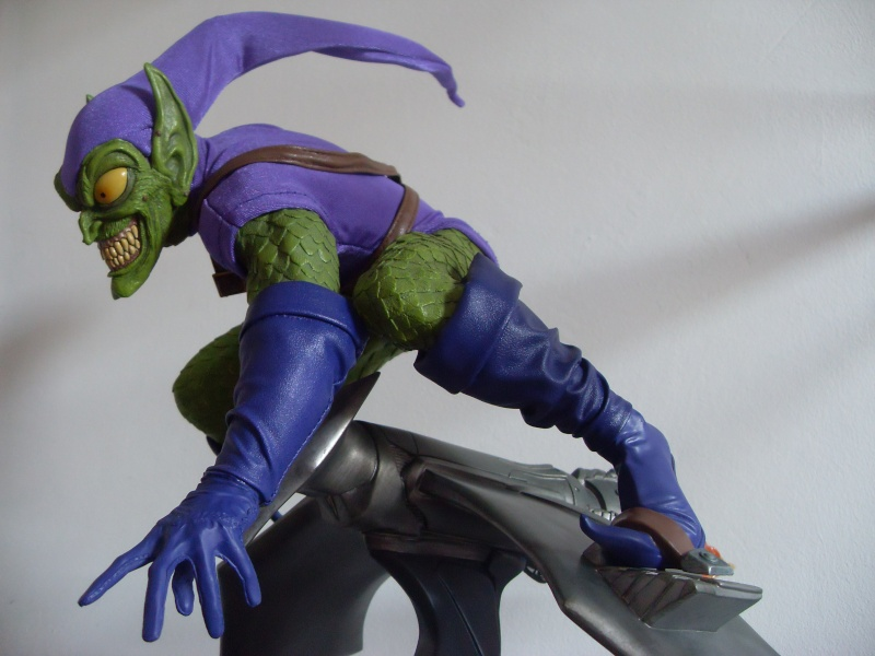 "Collection de Spider-Manu "" dernière arrivée HULK 1/4  "" Green_15"