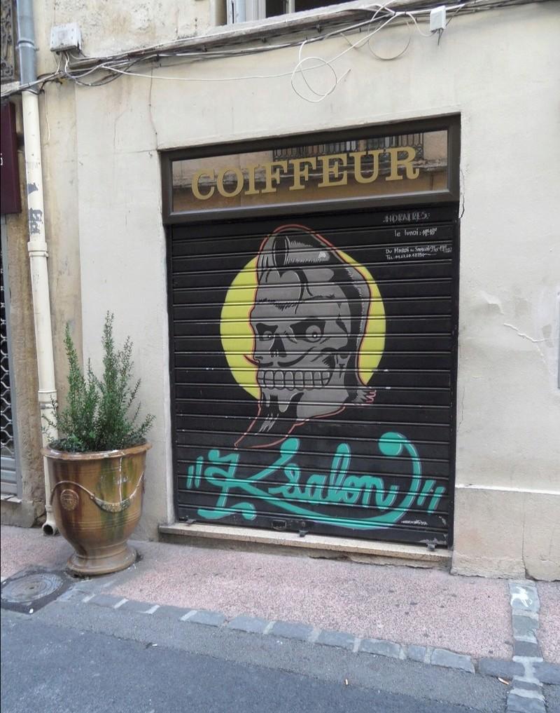 CONCOURS PHOTOS SEPT 16 - Murs détournés : peintures, tags, graffitis - BREAKING NEWS : SWEDE ET FFFF GAGNENT !!! - Page 6 Captur26