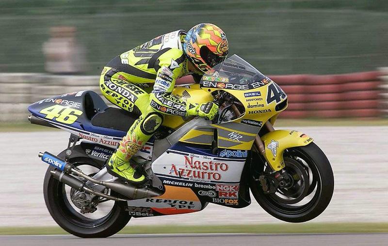 A evolução de Rossi (125-250-500cc/MotoGp) 5002st10