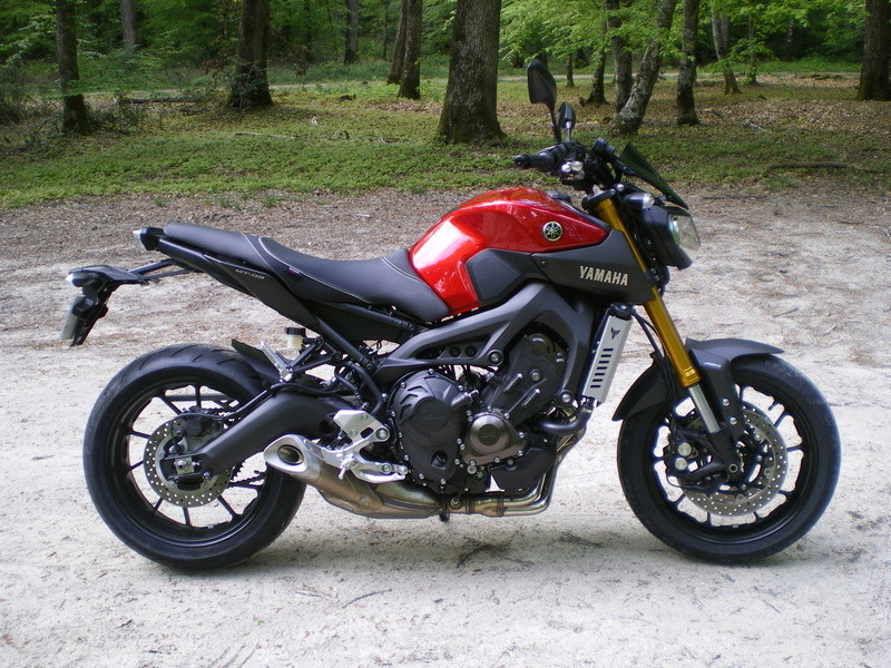 Photos de toutes les Yamaha MT-09 du forum ! :) - Page 22 Imgp1510