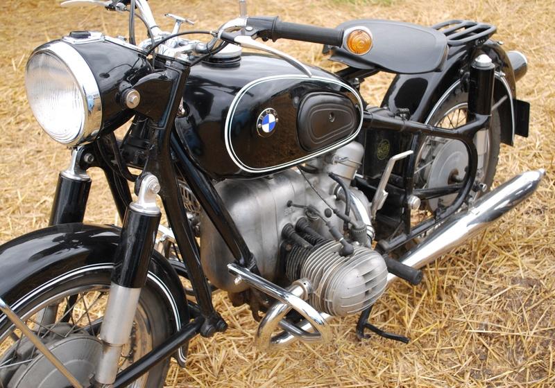 Etoges 2016 (51 -Marne - Champagne) Rassemblement motocyclette, automobile, hippomobiles: anciens et rares Dsc_0050