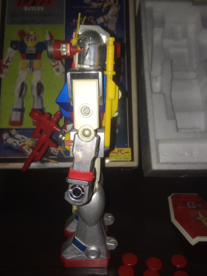Robot-Gundam-RX-78-DX-Clover-con 70 80 Vintage Spara Dischi al Petto 14457210