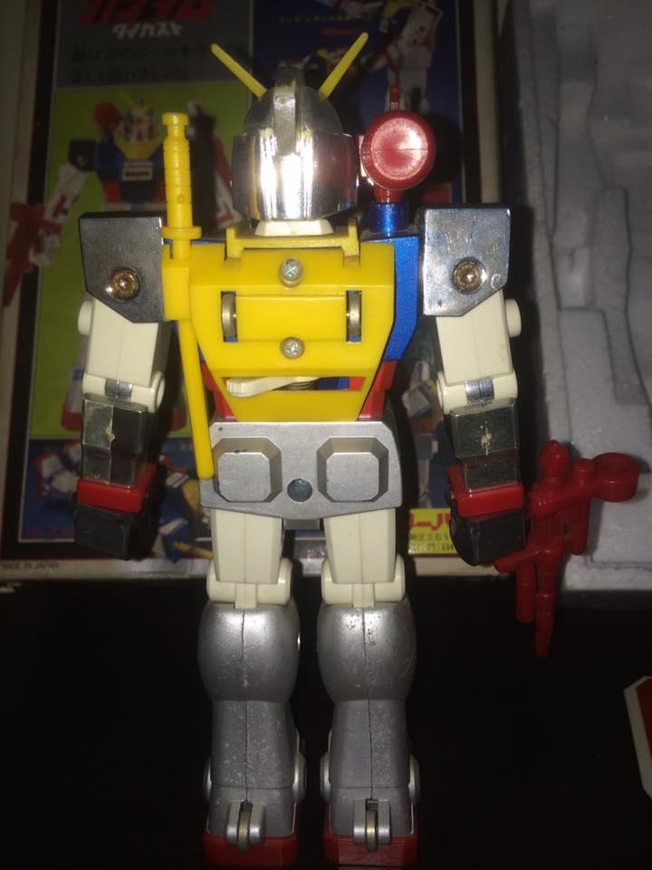 Robot-Gundam-RX-78-DX-Clover-con 70 80 Vintage Spara Dischi al Petto 14519810