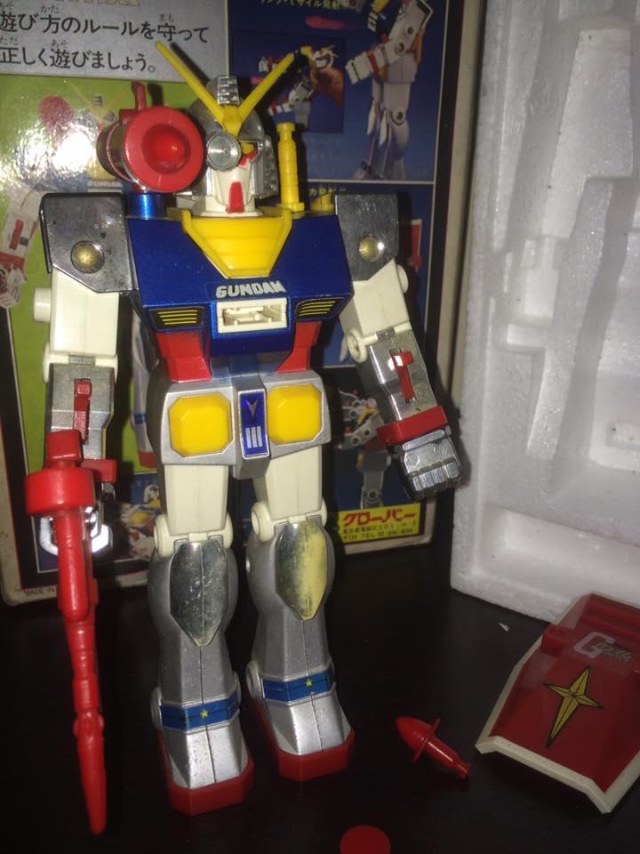 Robot-Gundam-RX-78-DX-Clover-con 70 80 Vintage Spara Dischi al Petto 14522811
