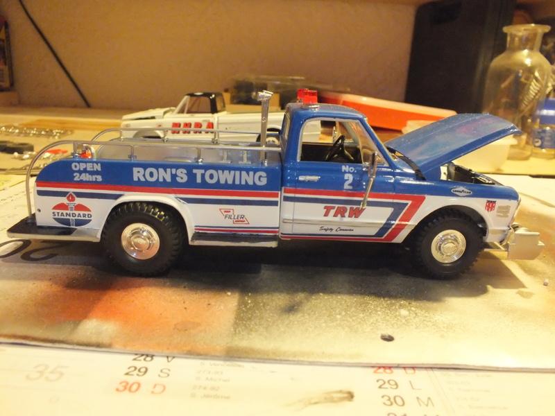 MPC 1972 Cheyenne Tow truck Dscf0020