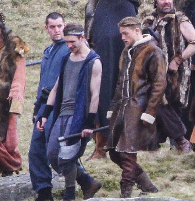 King Arthur : La légende de l'épée (2017) Historique, Action, Aventure Cufind10