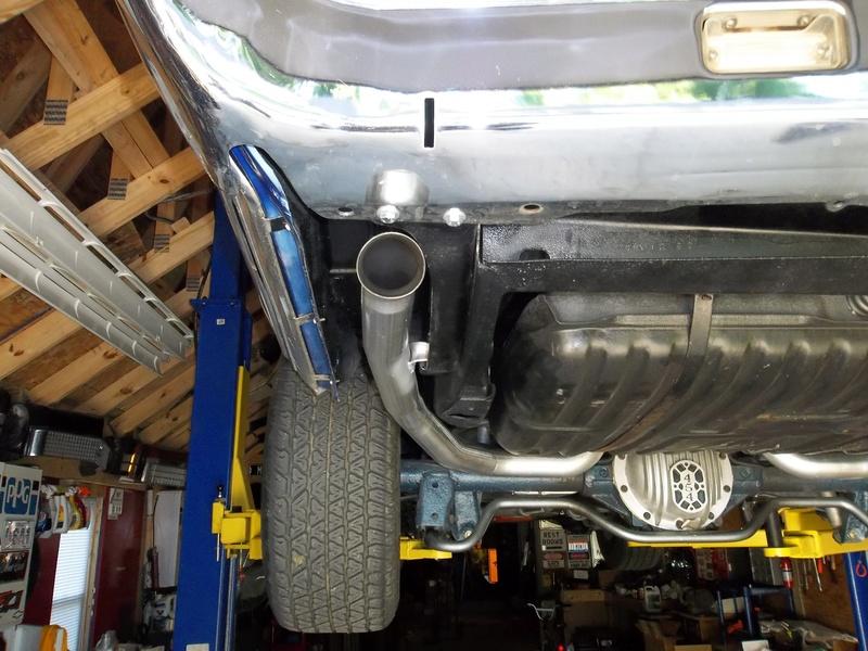 1973 454 2-1/2 mandrel bent exhaust 100_0015