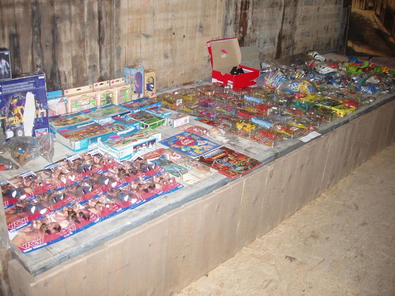 Bourse geek/retro-gaming/vintage toys à Tournai (Belgique) les 15 et 16 octobre 2016 P1010031