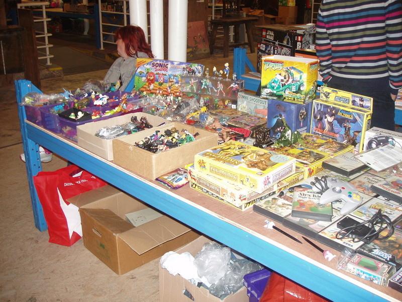 Bourse geek/retro-gaming/vintage toys à Tournai (Belgique) les 15 et 16 octobre 2016 P1010038