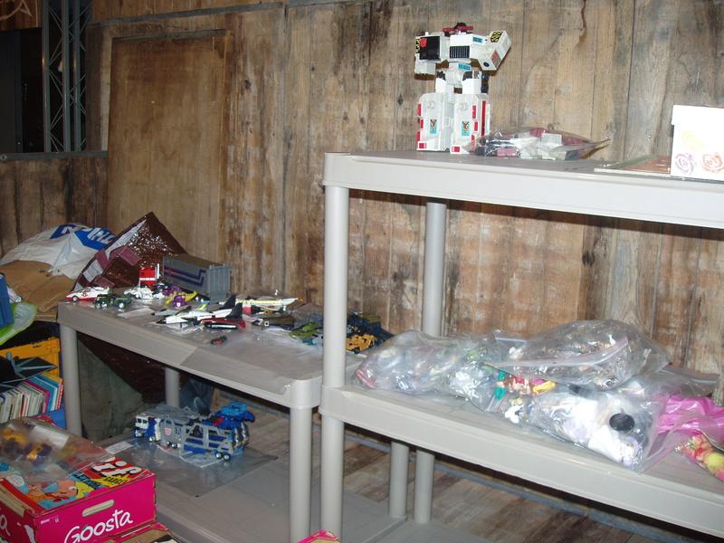Bourse geek/retro-gaming/vintage toys à Tournai (Belgique) les 15 et 16 octobre 2016 P1010040