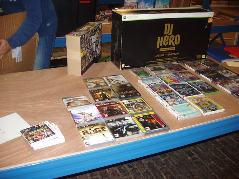 Bourse geek/retro-gaming/vintage toys à Tournai (Belgique) les 15 et 16 octobre 2016 P1010042