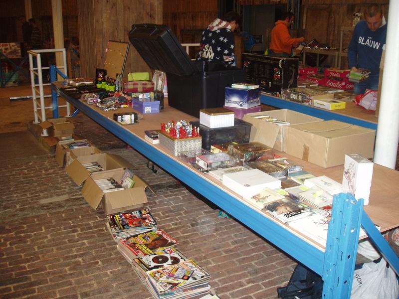 Bourse geek/retro-gaming/vintage toys à Tournai (Belgique) les 15 et 16 octobre 2016 P1010044