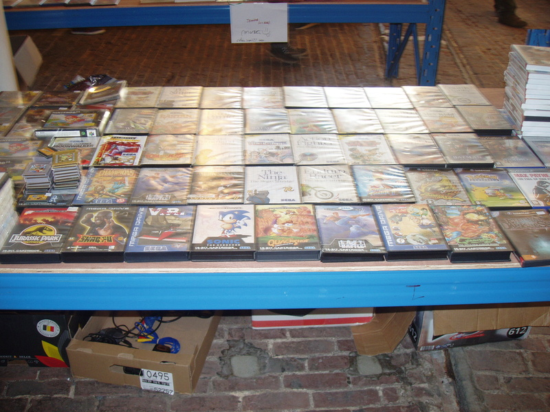 Bourse geek/retro-gaming/vintage toys à Tournai (Belgique) les 15 et 16 octobre 2016 P1010066