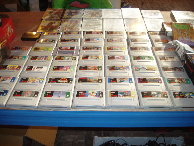 Bourse geek/retro-gaming/vintage toys à Tournai (Belgique) les 15 et 16 octobre 2016 P1010067