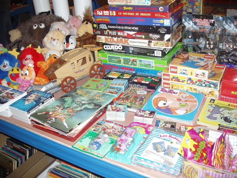 Bourse geek/retro-gaming/vintage toys à Tournai (Belgique) les 15 et 16 octobre 2016 P1010070