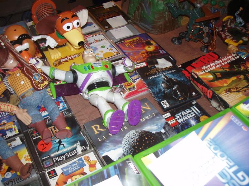 Bourse geek/retro-gaming/vintage toys à Tournai (Belgique) les 15 et 16 octobre 2016 P1010095