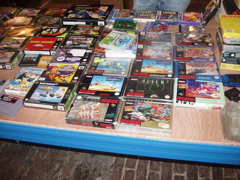 Bourse geek/retro-gaming/vintage toys à Tournai (Belgique) les 15 et 16 octobre 2016 P1010098