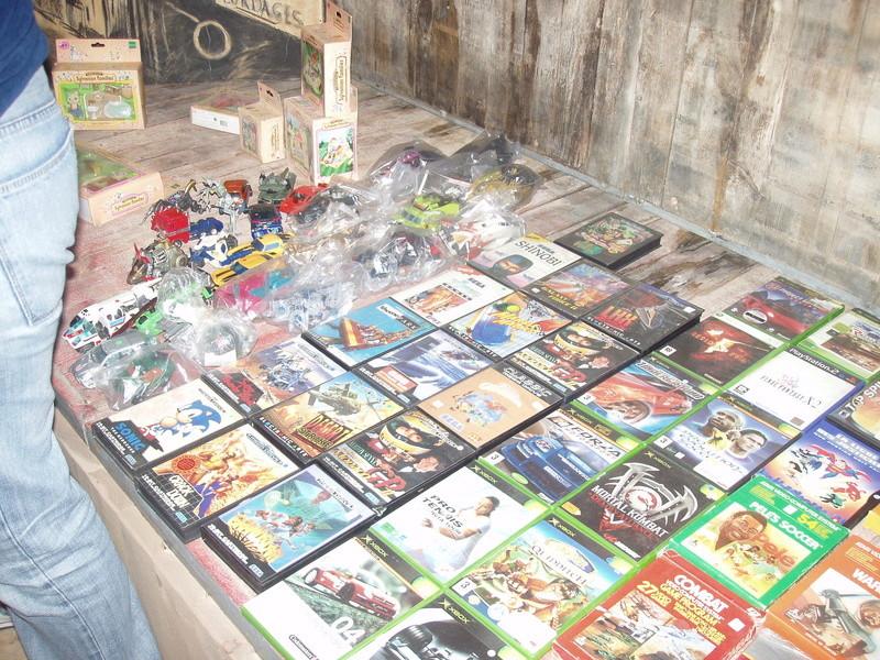 Bourse geek/retro-gaming/vintage toys à Tournai (Belgique) les 15 et 16 octobre 2016 P1010154
