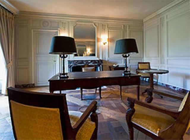 Expo au Grand Trianon : De Louis XIV à Charles de Gaulle  - Page 4 11_35410