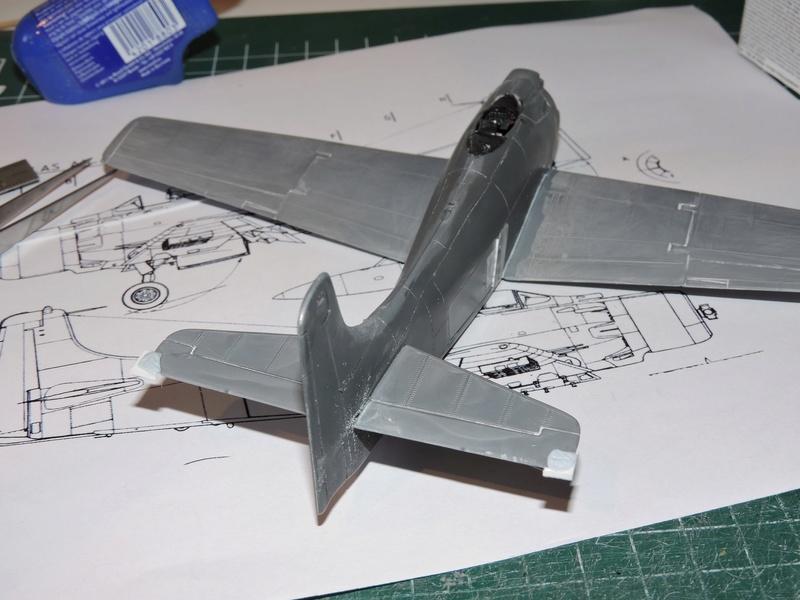 [heller] skyraider FINIT!!! - Page 3 Skyrai33