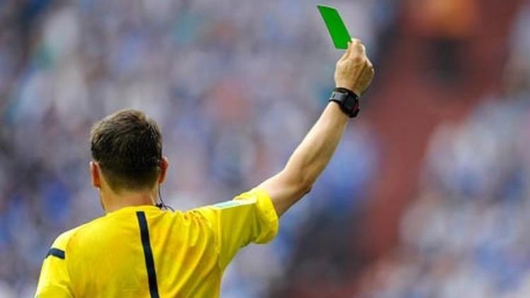 فيديو.. إشهار أول بطاقة خضراء في تاريخ كرة القدم 57fa6910