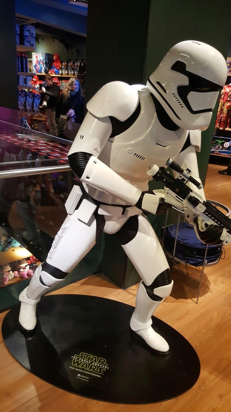 Les boutiques Disney Store FR en général - Page 20 20161033