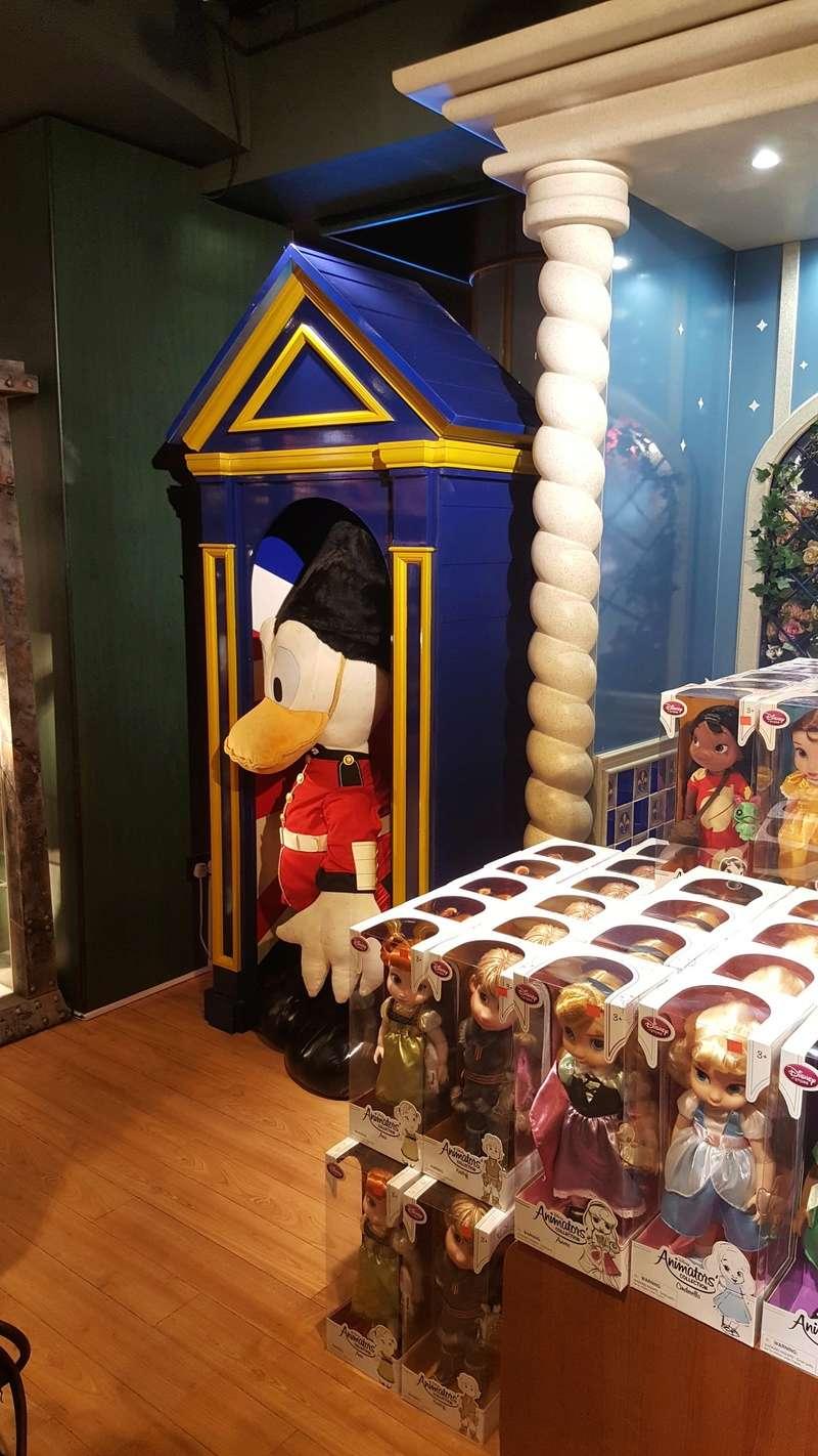 Les boutiques Disney Store FR en général - Page 20 20161040