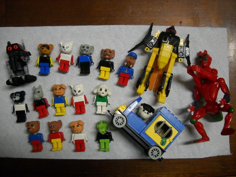 Trouvailles en Brocante, Bourse Aux jouets, Vide Greniers ... - Page 9 Dscn0610