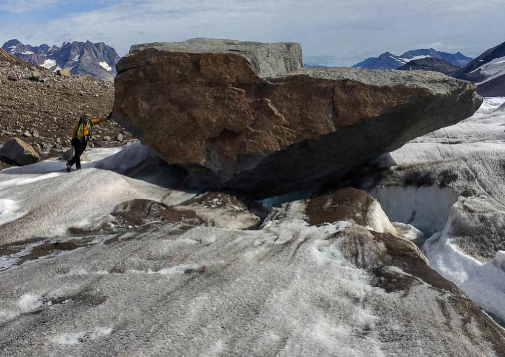 Stone hunting in Greenland Sondre10