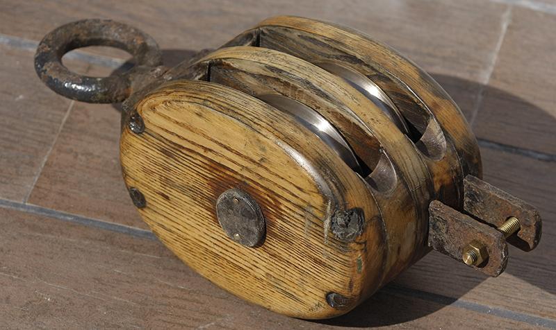 Fabrication d'une poulie en bois 23_jui10