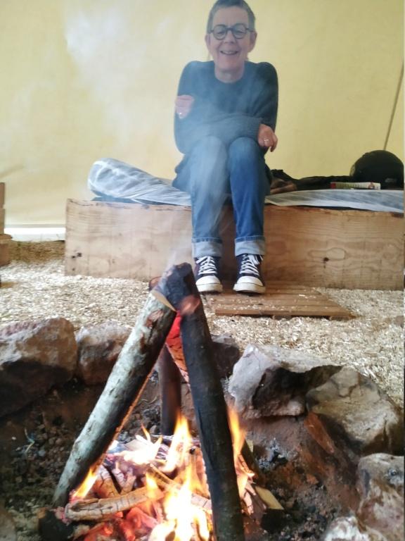 Les tipis du bonheur de vivre ( Brûlon 72) Img_1211