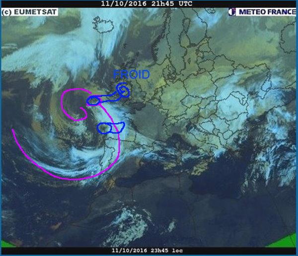 phénomènes climatiques à répétition : cyclones - Page 14 Cart1117