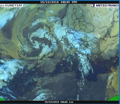 phénomènes climatiques à répétition : cyclones - Page 14 Cart1511