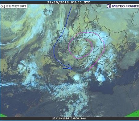 phénomènes climatiques à répétition : cyclones - Page 14 Cart2110
