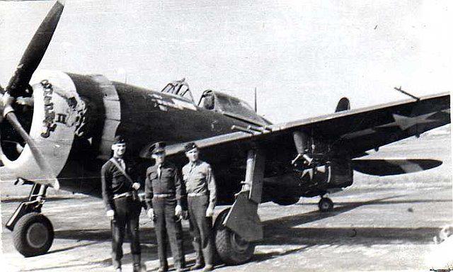 P-47D Thunderbolt : un avion, un pilote, un destin.  (Redux models 1/32) - Page 2 Buceph10