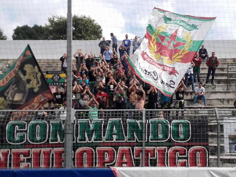 Stagione Ultras 2015-2016 - Pagina 2 B13