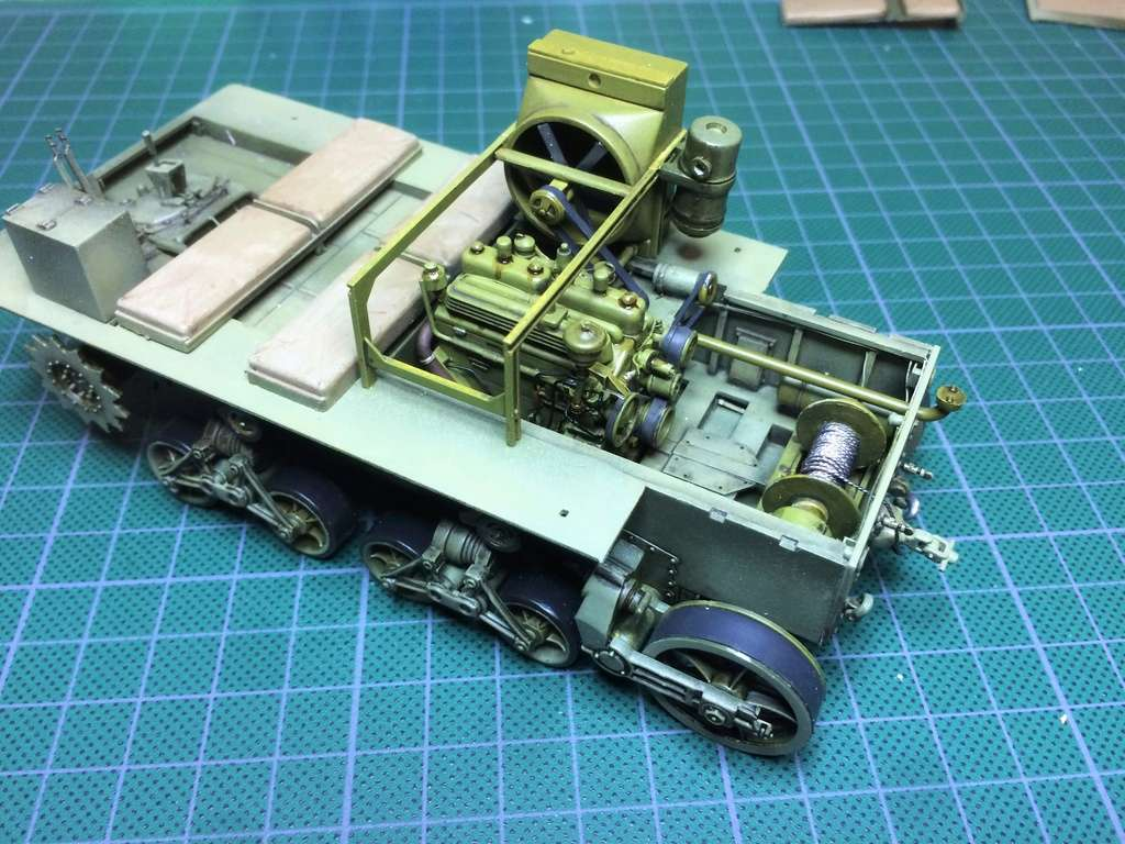 M4 High speed tractor - HOBBYBOSS - 1/35 - Page 7 Img_6752