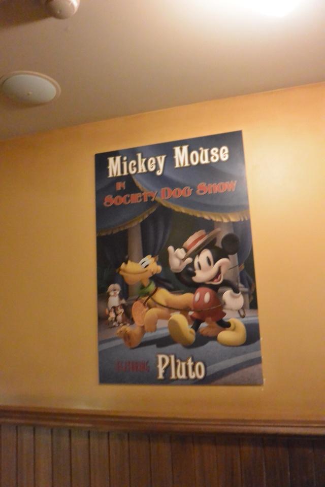 Meet Mickey Mouse à Fantasyland  - Page 12 Dsc_2969