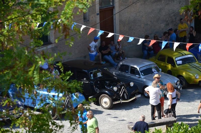 Expo autos anciennes ... C'est à Fontan le 28 août ! Dsc_5110