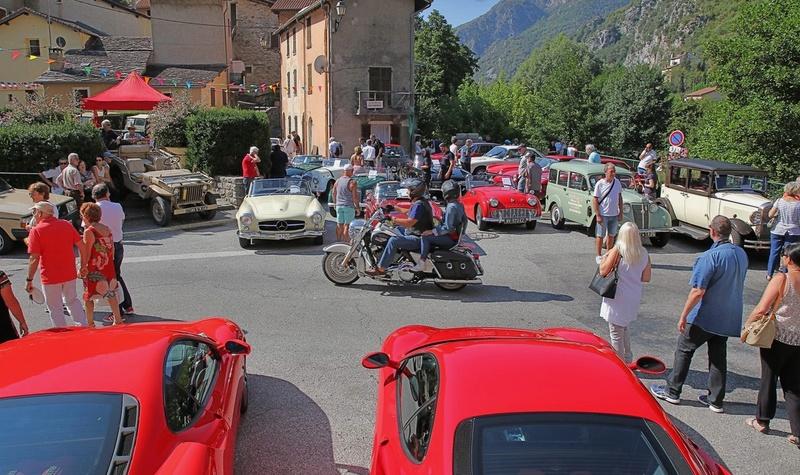 Expo autos anciennes ... C'est à Fontan le 28 août ! Expo_210