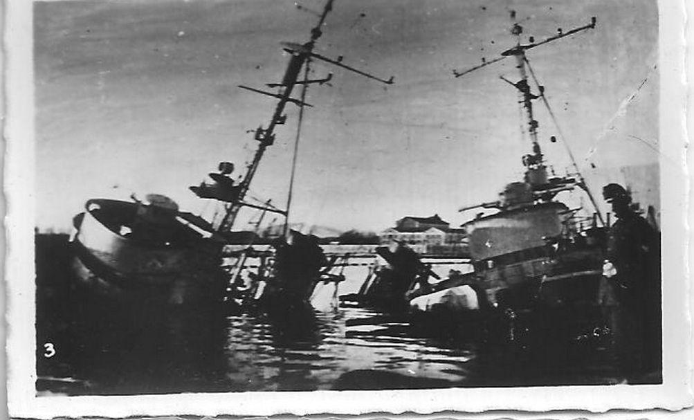 [Histoire et histoires] Toulon : Sabordage de la Flotte (photos) - Page 4 1410