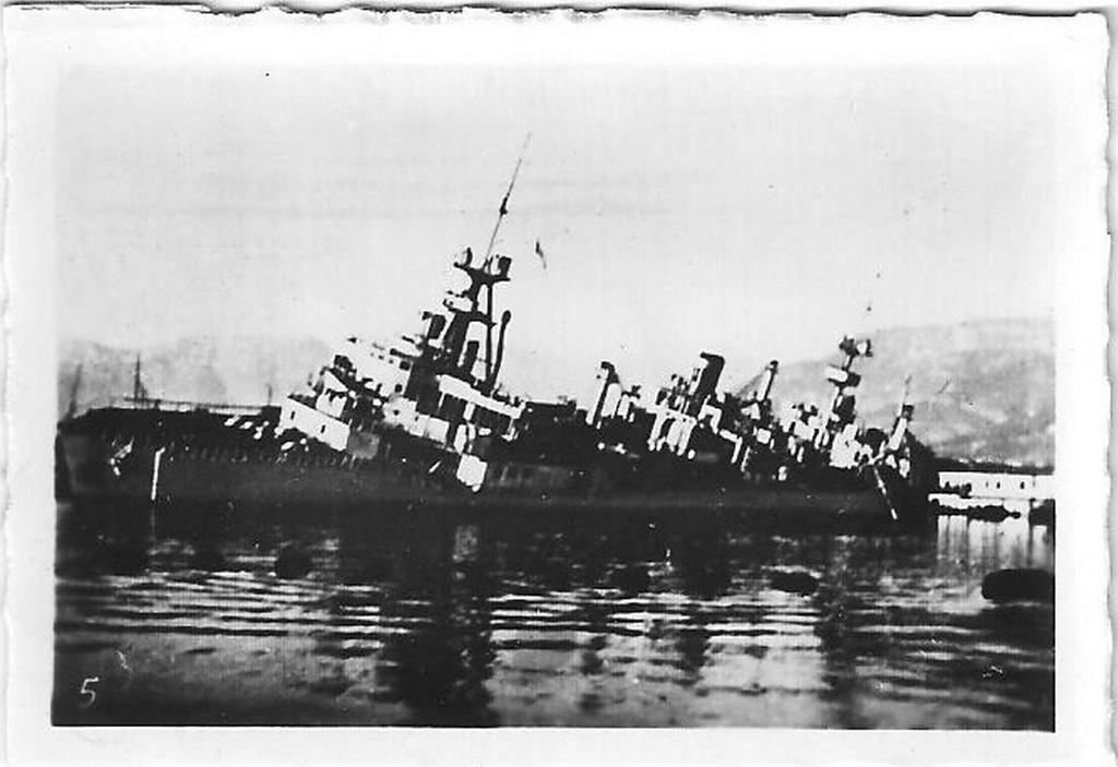 [Histoire et histoires] Toulon : Sabordage de la Flotte (photos) - Page 4 418