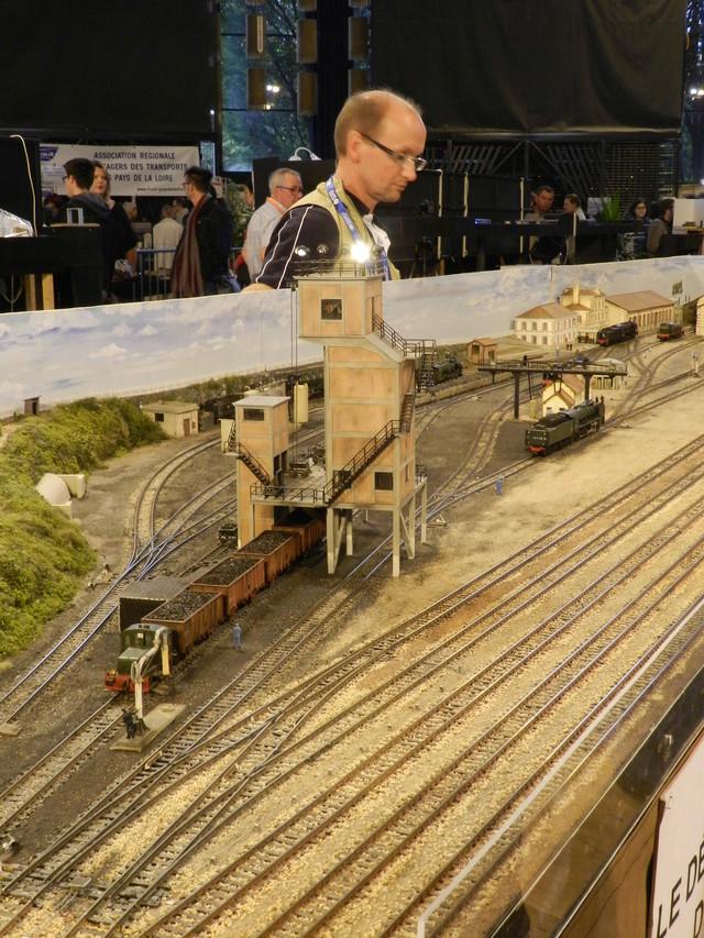 Exposition de modélisme ferroviaire (AMF53) à Laval le 9 octobre 2016 Vauvyr12
