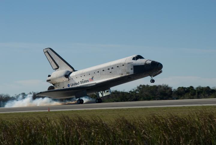 [STS-129] Atlantis : retour sur Terre 27/11/2009 - Page 2 2009-610