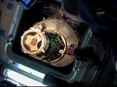 [STS-129] Atlantis : fil dédié au suivi de la mission. - Page 4 Sans_t18