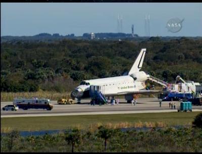 [STS-129] Atlantis : retour sur Terre 27/11/2009 - Page 3 Sans_t20