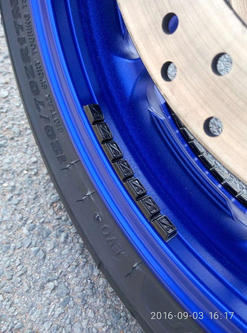 Question pneus équilibrage avec plomb - Page 6 P6090310